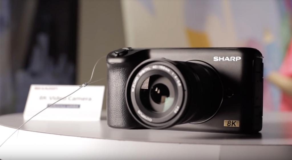 b64170be646937bdc970dbe62c379654 1024x561 - シャープが8K動画に対応したマイクロフォーサーズカメラを発表しました