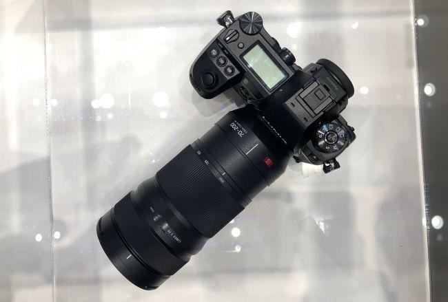 t9FpWSVhooPskbaKFgbodJ 650 80 - パナソニックがS1と同時に発表する70-200mmレンズはF2.8?